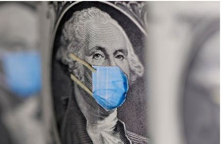 FILE PHOTO: FILE PHOTO: George Washington is seen with printed medical mask on the one Dollar banknote in this illustration taken, March 31, 2020. REUTERS/Dado Ruvic/Illustration/File Photo/File Photo