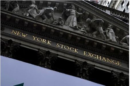 The New York Stock Exchange is pictured in the Manhattan borough of New York City, New York, U.S., October 28, 2020. REUTERS/Carlo Allegri