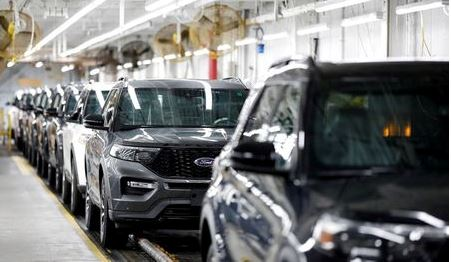 2020 Ford Explorer cars are seen at Ford's Chicago Assembly Plant in Chicago, Illinois, U.S. June 24, 2019. REUTERS/Kamil Krzaczynski