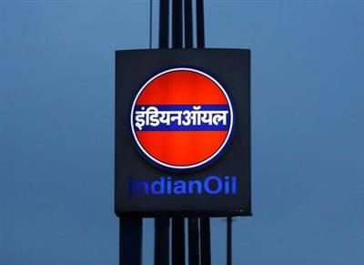 FILE PHOTO: A logo of Indian Oil is picture outside a fuel station in New Delhi, India August 29, 2016. REUTERS/Adnan Abidi