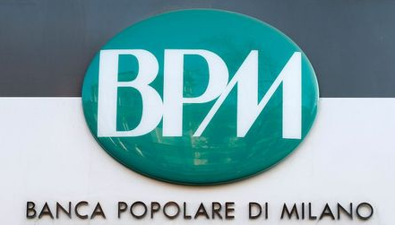 Banca Popolare di Milano (BPM) logo is seen outside the bank in downtown Milan, Italy, January 29, 2016. Merger talks between Italian cooperative lenders Banco Popolare and Banca Popolare di Milano (BPM) took a big step forward on Thursday when Rome backed a tie-up. The two banks are at an advanced stage in merger talks and a combination would create Italy's third biggest lender by assets, just ahead of Monte dei Paschi di Siena. If successful, it would likely be the first merger since a reform of large cooperative lenders last year to encourage consolidation and strengthen Italy's fragmented banking system and could pave the way for a parallel deal between UBI, which had courted BPM, and Monte dei Paschi di Siena. REUTERS/Alessandro Garofalo
