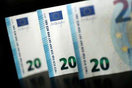 FILE PHOTO: 20 Euro banknotes are displayed is this picture illustration taken November 14, 2017. REUTERS/Benoit Tessier/Illustration/File Photo