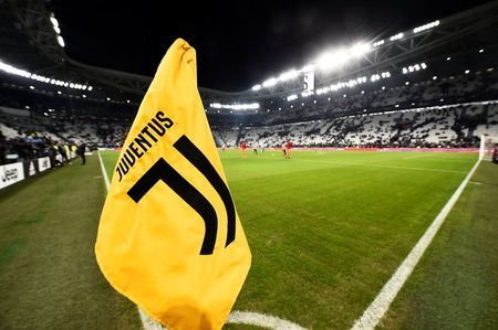 Soccer Football - Serie A - Juventus v Parma - Allianz Stadium, Turin, Italy - January 19, 2020 General view of the corner flag inside the stadium before the match REUTERS/Massimo Pinca